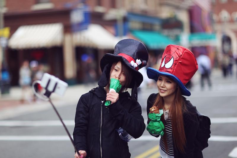 Japan, Osaka, Universal Studios, Street Style, Street Photography, Hakone, Kyoto, Tokyo, Disneyland, Travel, Japanese people